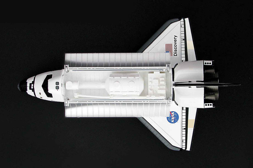 Space Shuttle Discovery 1/200 Scale Model By Hobby Master