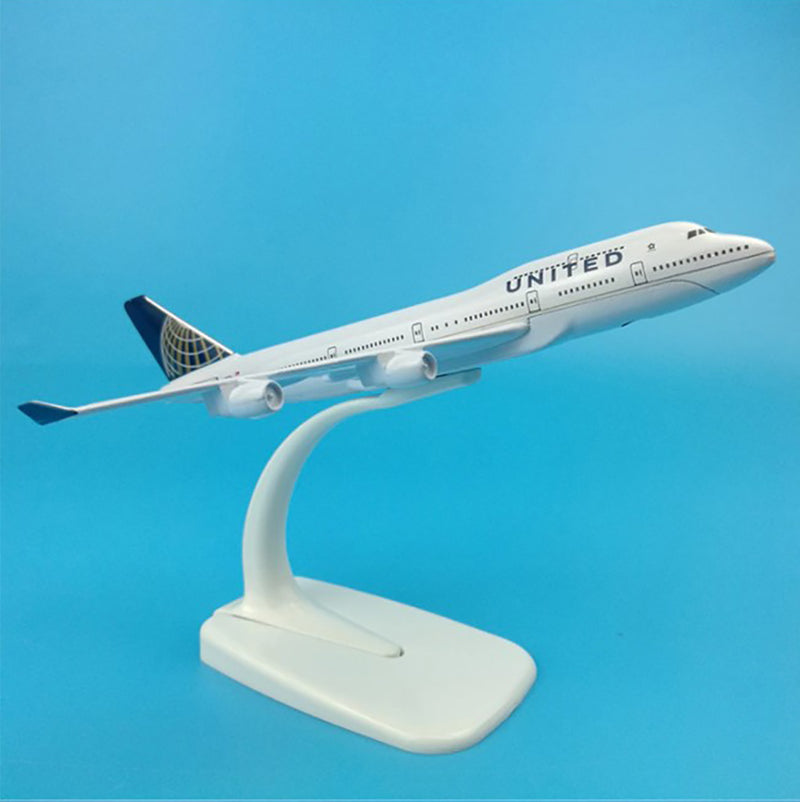 Boeing 747-400 United Airlines 1:400 Scale Model By Hyinuo