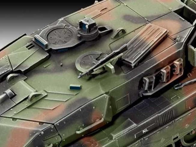 Leopard 2A5NL Main Battle Tank 1/72 Scale Model Kit By Revell Germany Turret Detail