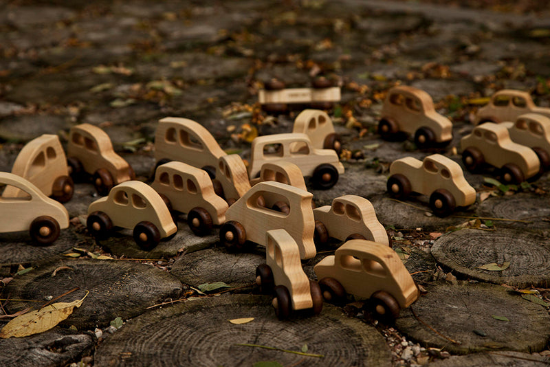 '30's Natural Colored Wood Toy Car