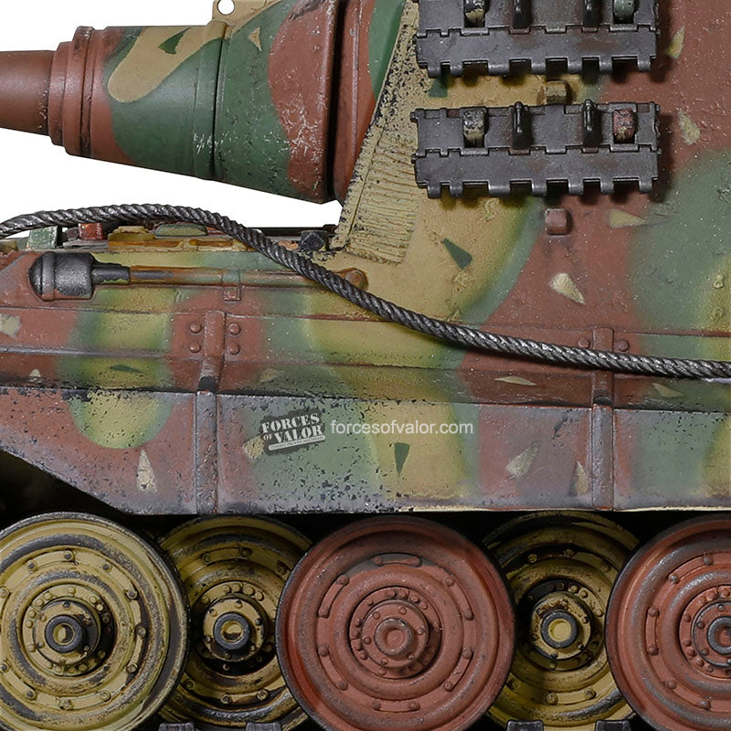 Sd.Kfz. 186 Jagdtiger German Heavy Tank Destroyer Henschel Suspension 1945, 1/32 Scale Model