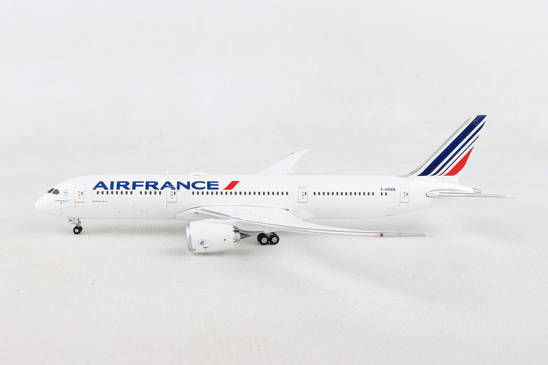 Boeing 787-9 Air France (F-HRBB) 1:400 Scale Model By Gemini Jets Left Side View