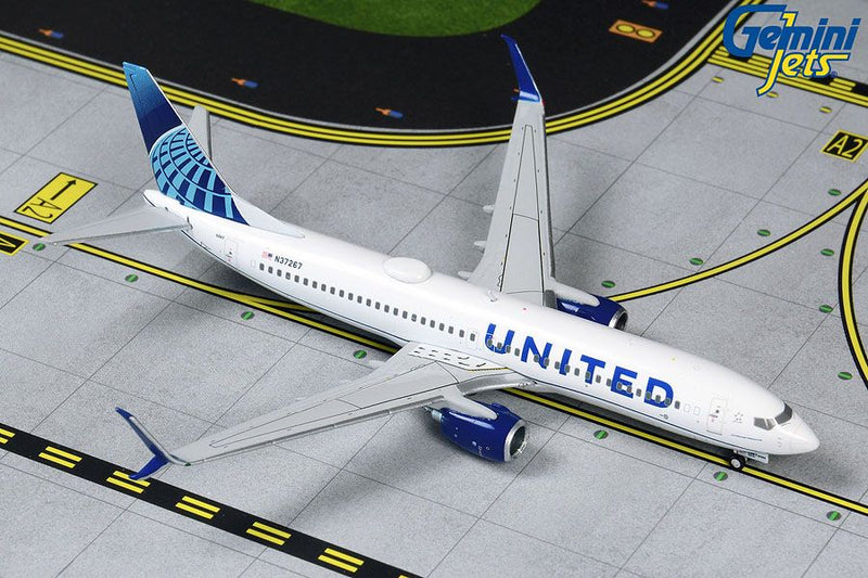 Boeing 737-800 United Airlines (New Livery) 1:400 Scale Model By Gemini Jets