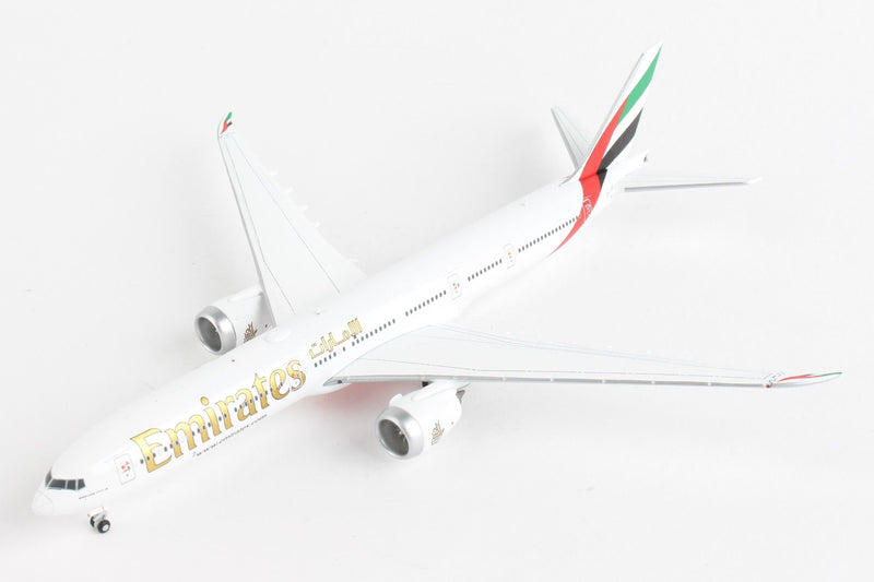Boeing 777-9 Emirates 1:400 Scale Model