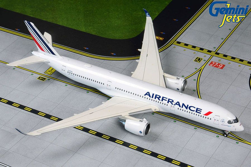 Airbus A350-900 Air France (F-HTYA) 1:400 Scale Model By Gemini Jets