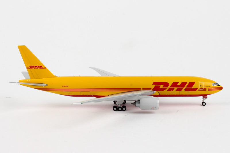 Boeing 777F DHL (N705GT) 1:400 Scale Model Right Side View