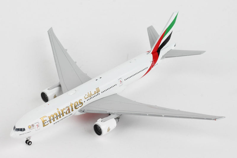Boeing 777-200LR  Emirates (Expo 2020 Livery) 1:400 Scale Model Left Front View