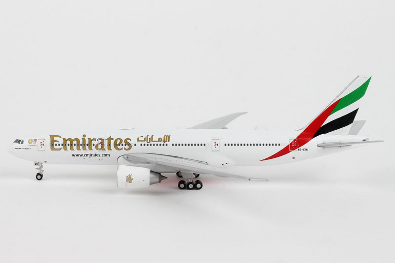 Boeing 777-200LR  Emirates (Expo 2020 Livery) 1:400 Scale Model Left Side View