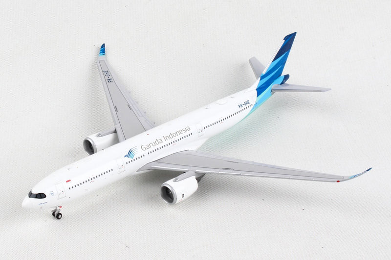Airbus A330-900NEO Garuda Indonesia (PK-GHE) 1:400 Scale Model Left Front View
