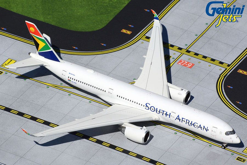 Airbus A350-900 South African Airways (ZS-SDC) 1:400 Scale Model by Gemini Jets
