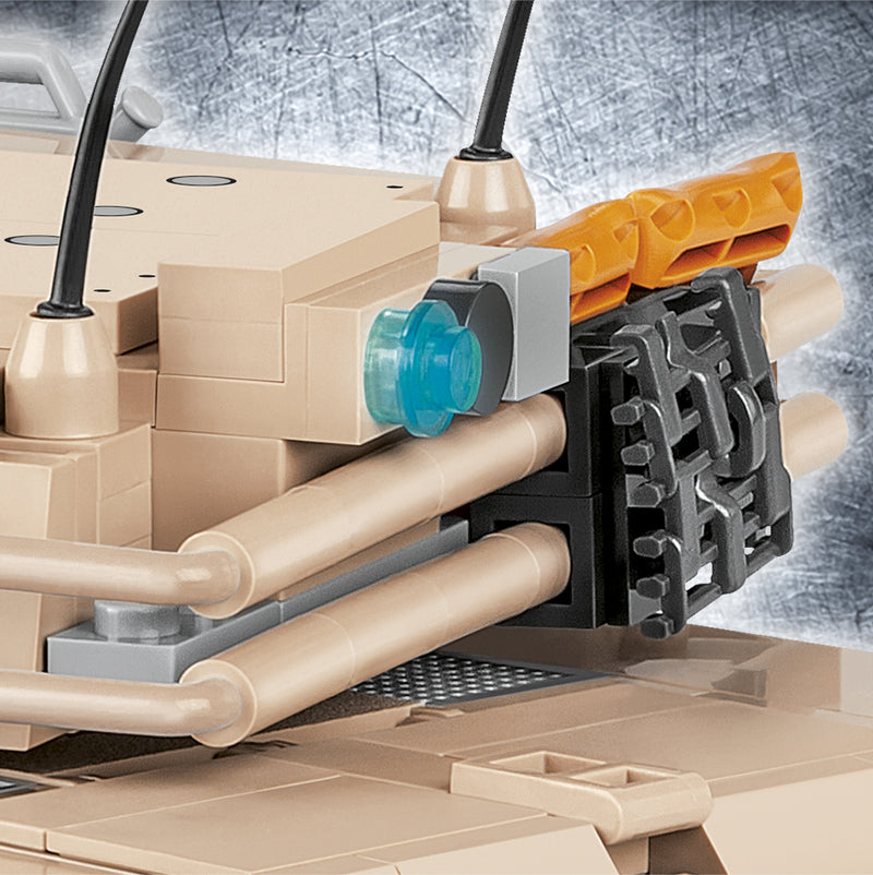 M1A2 Abrams Main Battle Tank, 810 Piece Block Kit