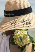 "Load image into Gallery viewer, Delice Words of love - ""Thương"""
