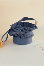 Load image into Gallery viewer, Origami lunch bag, Everyday cool objects, Refinity by Leinné, Upcycled Fabrics, Eco luxury