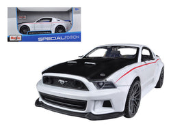 2014 Ford Mustang Street Racer White 1/24 Diecast Model Car by Maisto