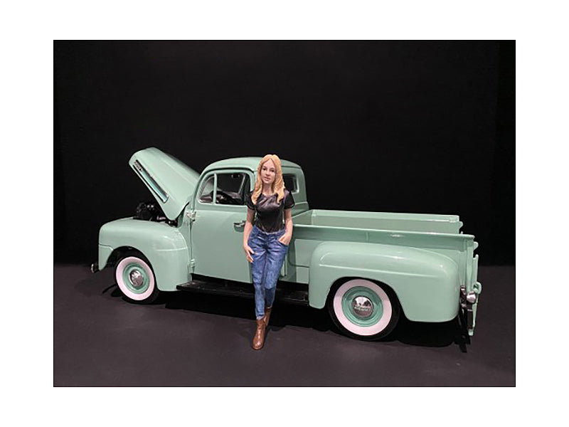 Car Girl in Tee Rachel Figurine for 1/18 Scale Models by American Diorama