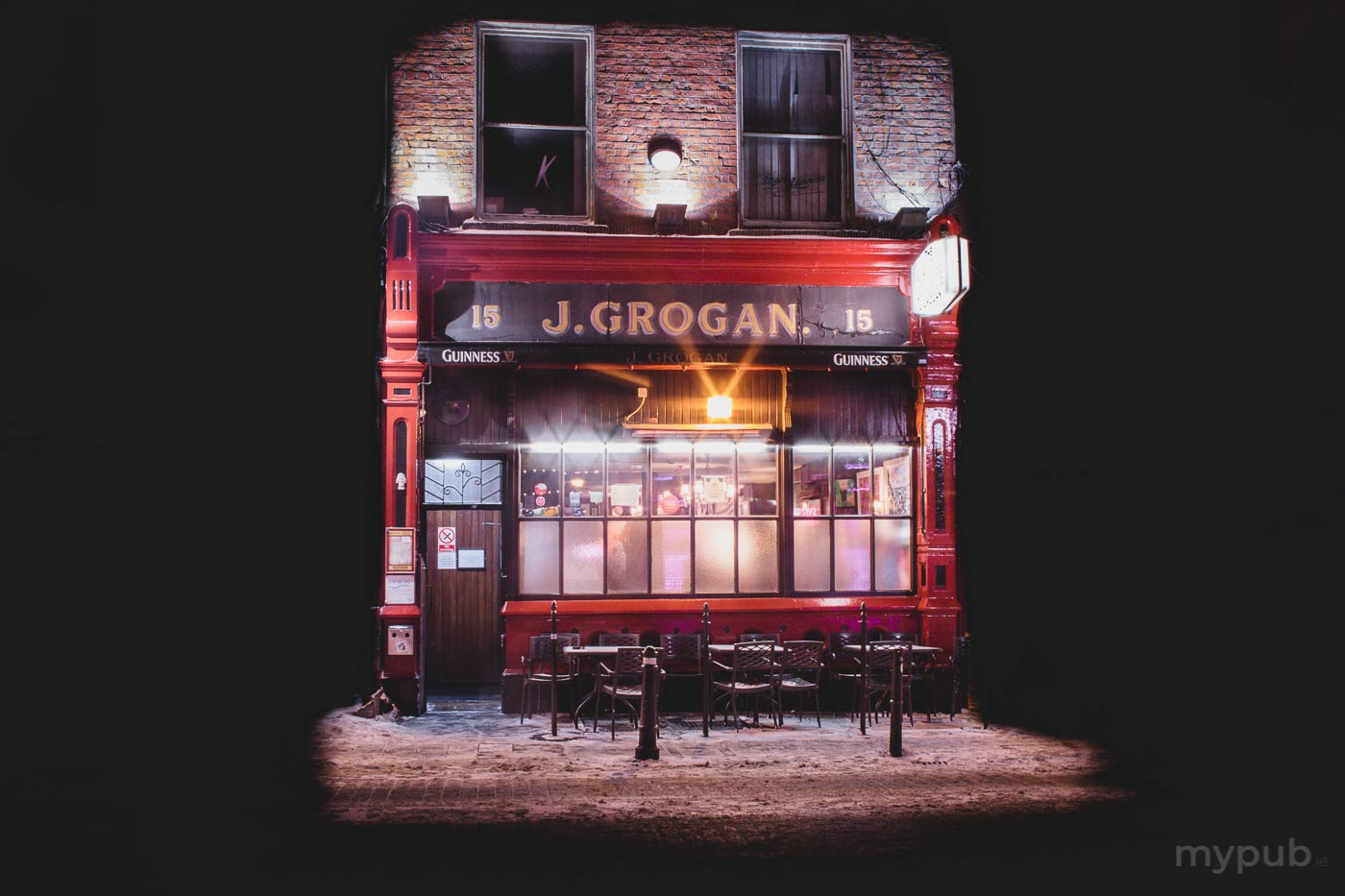 Grogans in the snow - Dublin City