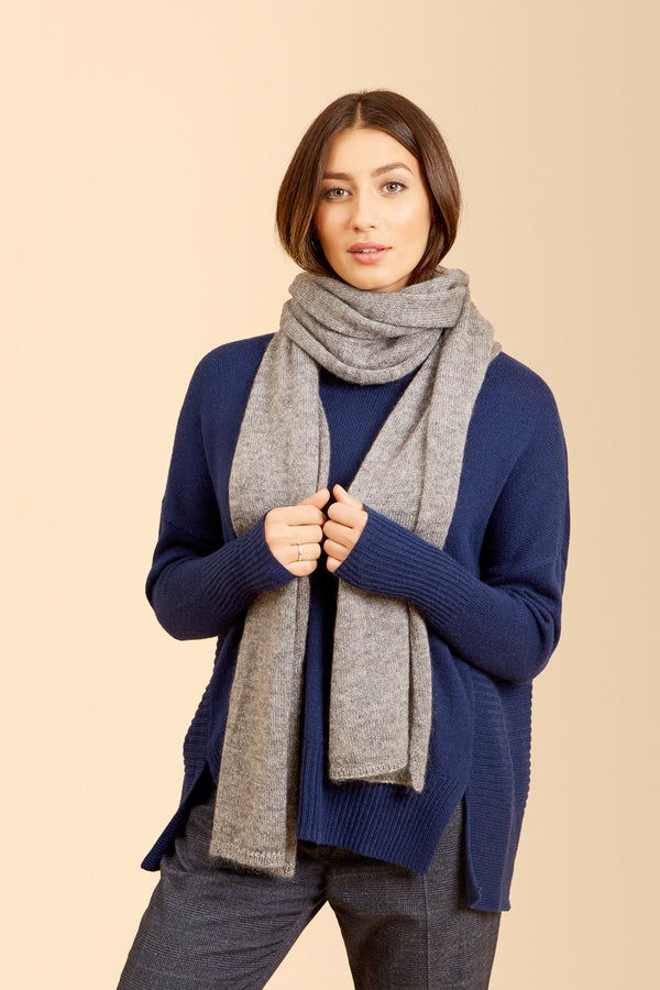 Quincy Scarf, Grey