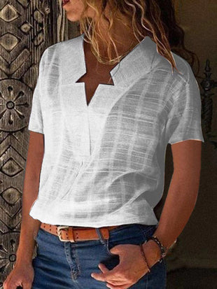Simple V-collar plain shirt