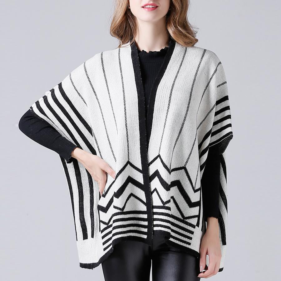 V-Neck Five-Point Sleeve Knit Coat