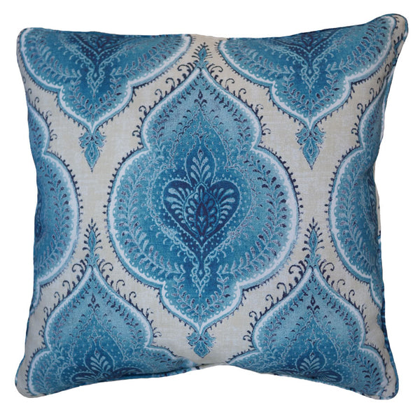 Studio Chic Home, blue pillows