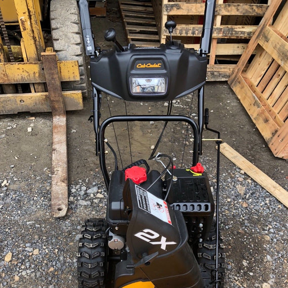 Cub Cadet 524WE Two Stage Snow Blower 208CC