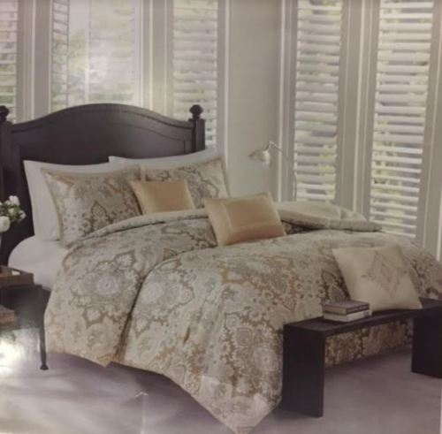 Echo New York Voyager Comforter 300 TC Cotton Comforter & Shams