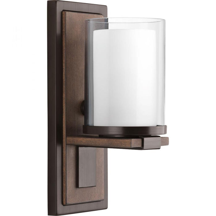 Progress Mast Collection One-light wall sconce | P710015-020