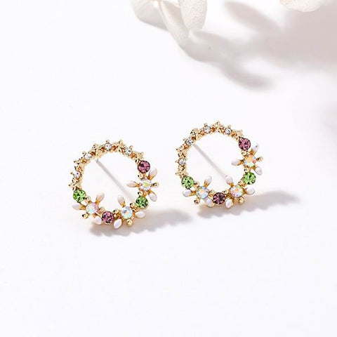 Dainty Wreath Earrings