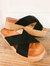 Load image into Gallery viewer, Classy Platform Sandal - Olive Vines Boutique
