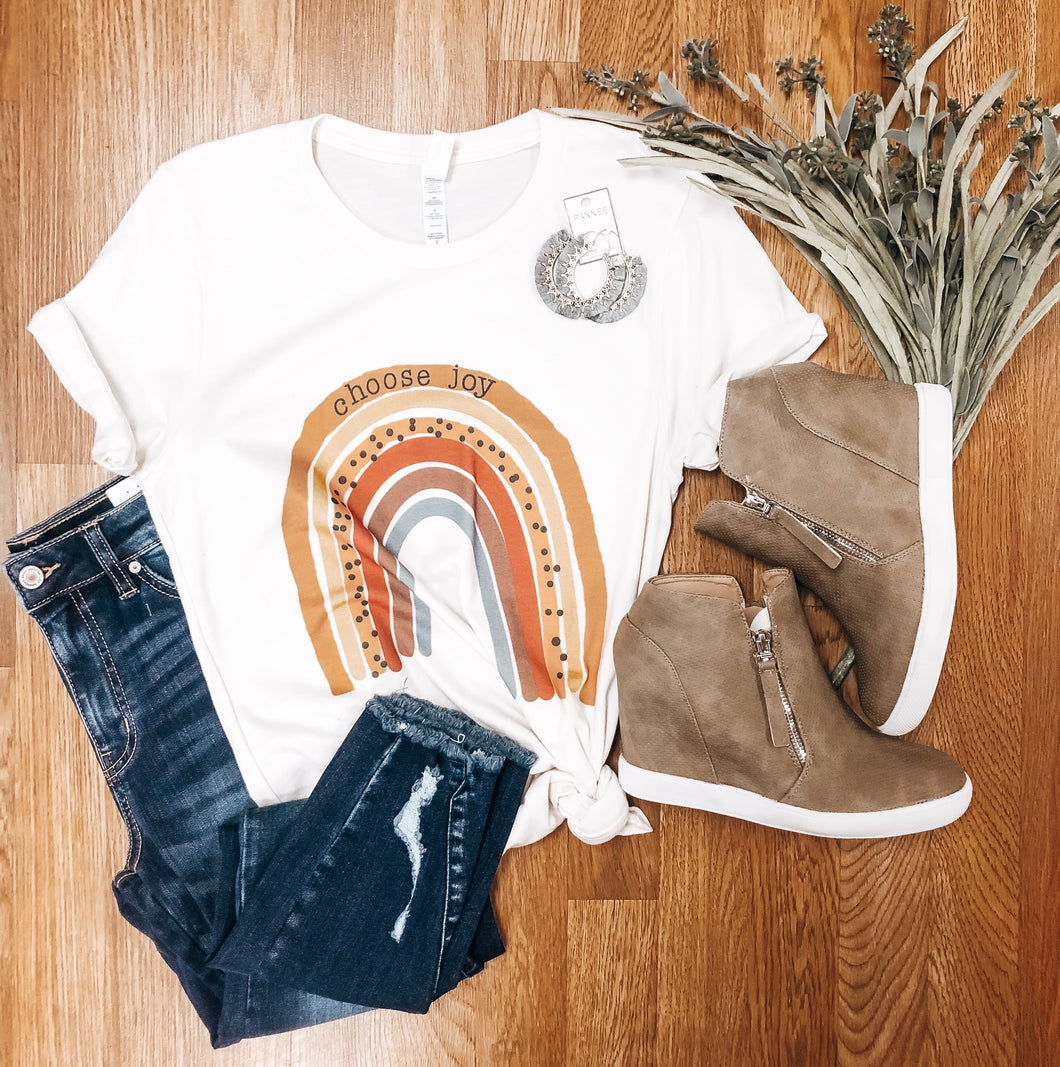 Choose Joy Tee - Olive Vines Boutique