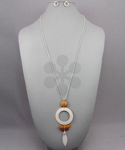 Marquise & Circle Wood Necklace - Olive Vines Boutique