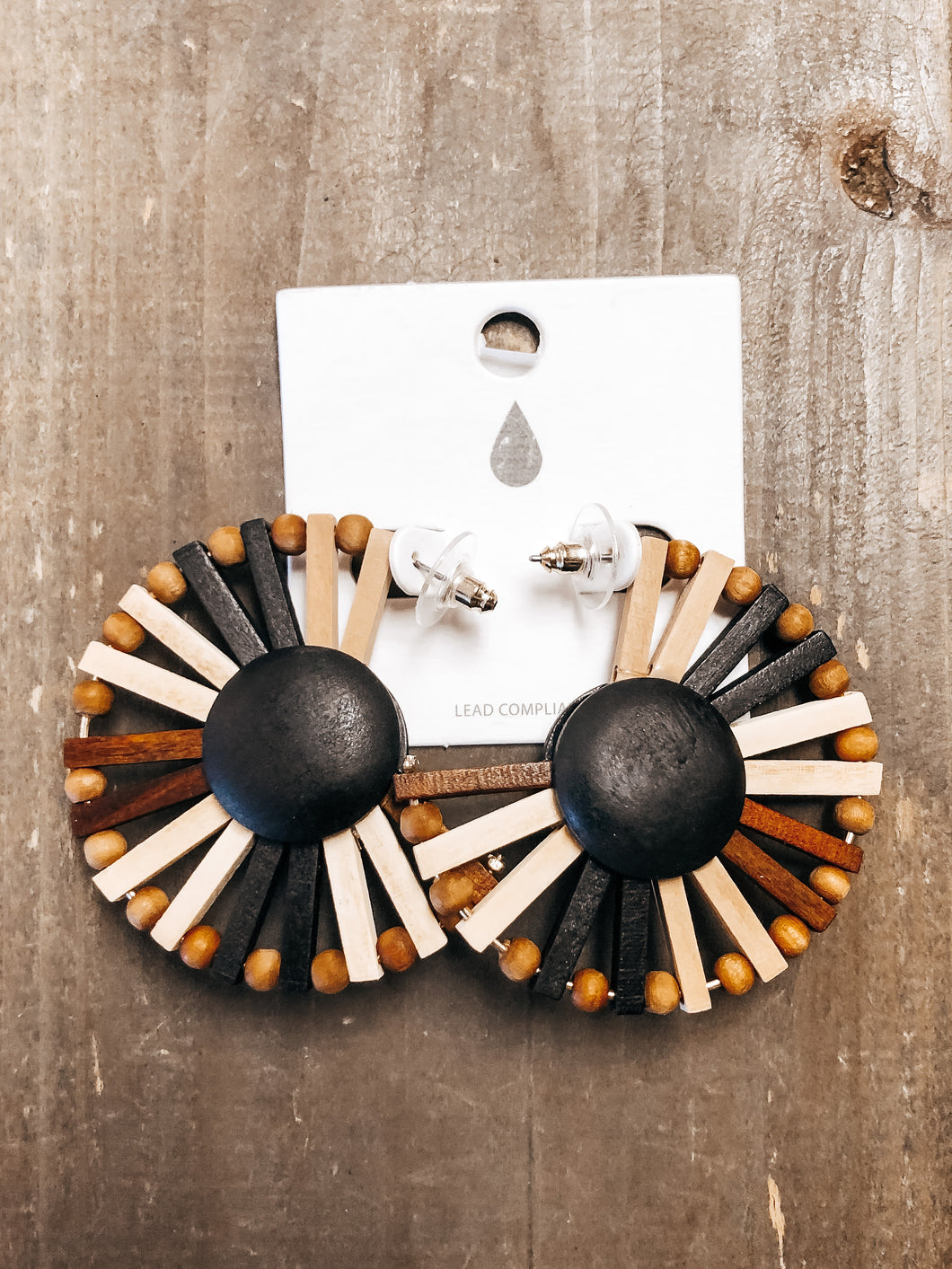Wood Dome & Fan Bar Earrings - Olive Vines Boutique
