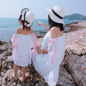 Mother And Daughter Wear Chiffon Condole With Beach Skirt