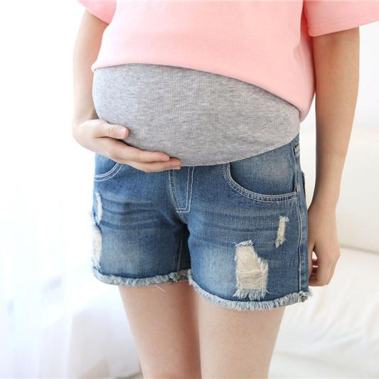 Maternity Abdomen Supportive Ripped Denim Shorts