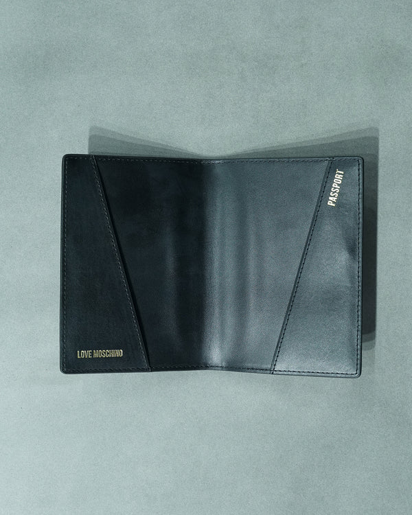 Heart passport wallet