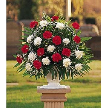 Traditional Sympathy Basket (TB2)