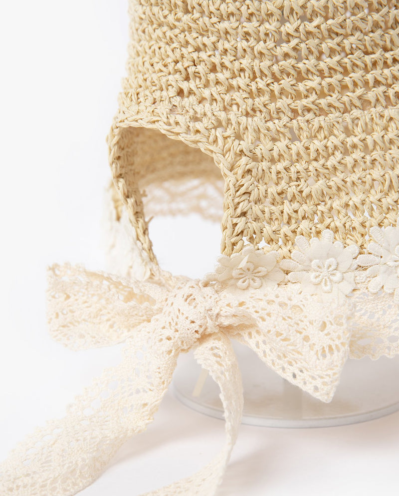 [Out of Stock] Lacey Bonnet