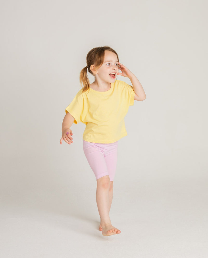 Simple Pastel Knee Shorts on MooMooz