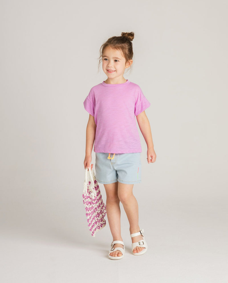 Cool Summer Basic T-Shirt on MooMooz