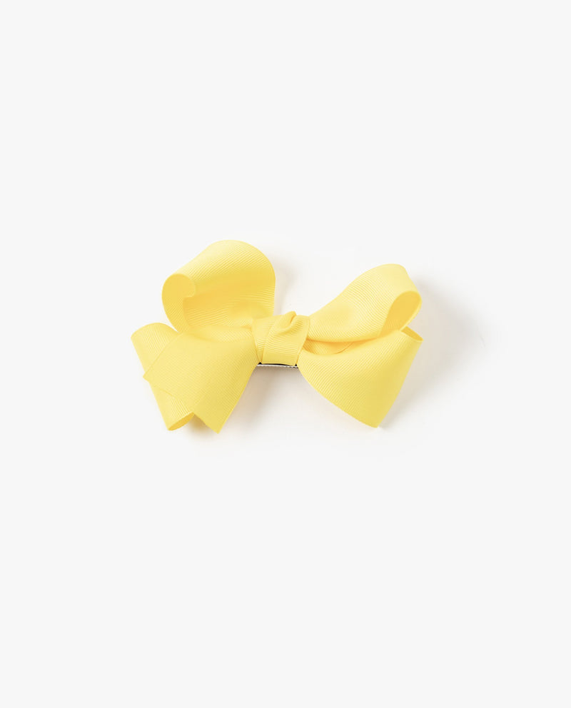 Basic Bow Hair Pin on MooMooz