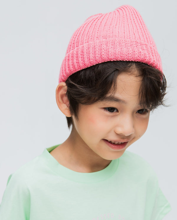 Solid Colored Knitted Beanie Hat on MooMooz