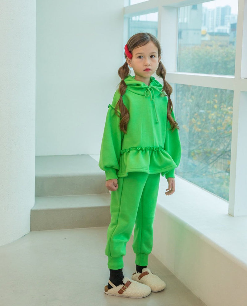 [SET] Neon Hoodie and Sweatpants on MooMooz