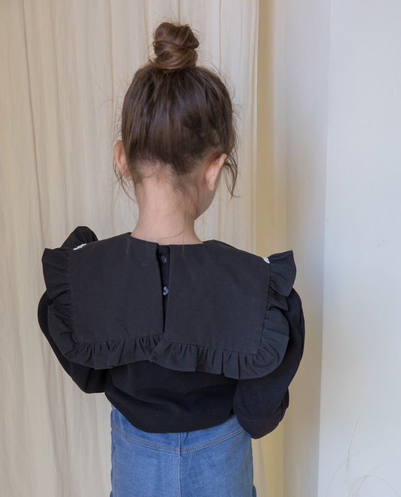 Embroidered Collar Puff Shoulder T-Shirt on MooMooz