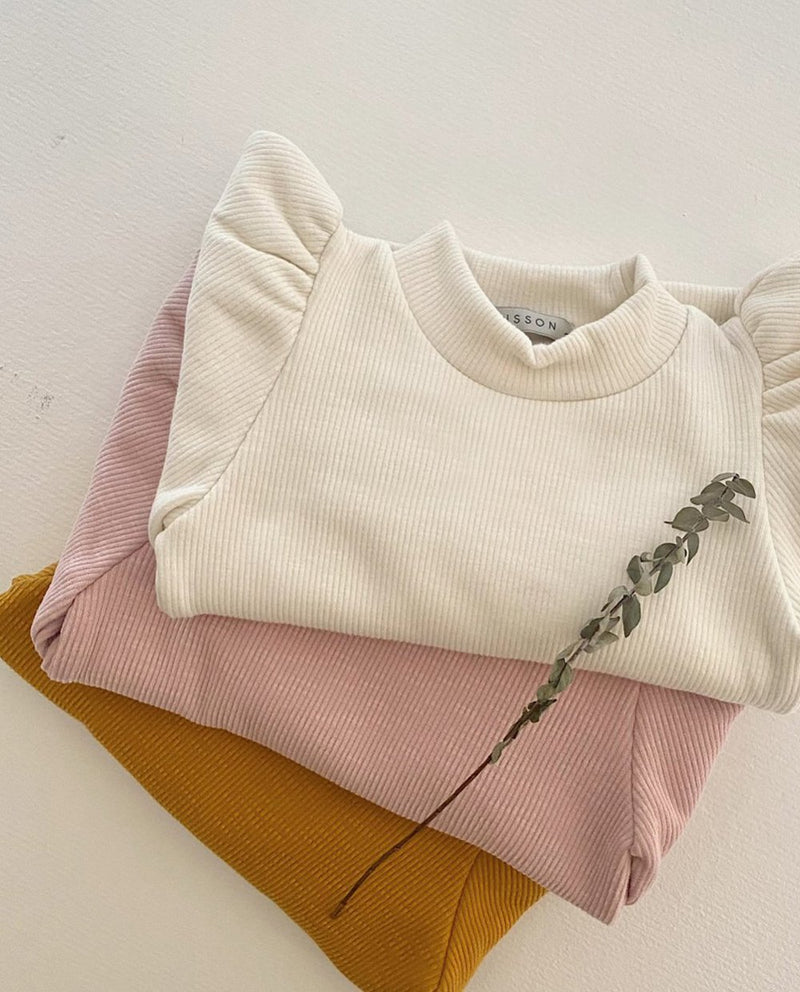 Puff Shoulder Mock Neck T-Shirt on MooMooz