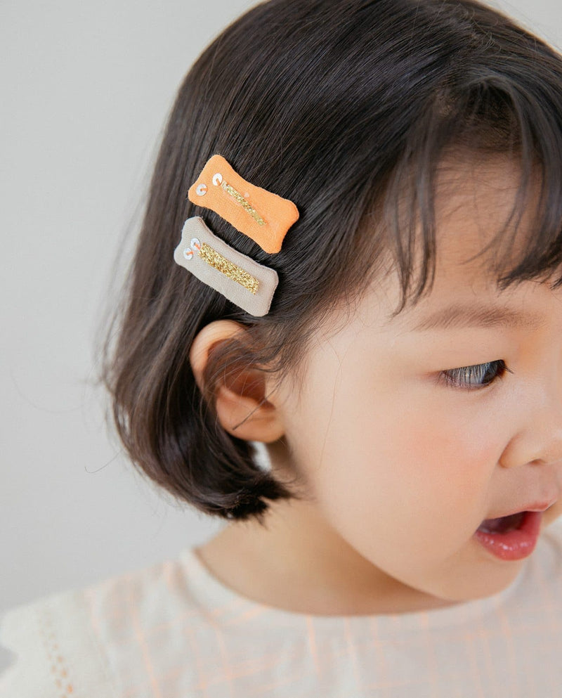 Shop Pin at Moomooz, where unique, trendy, and high quality children wear from popular Korean designer brands at great prices!