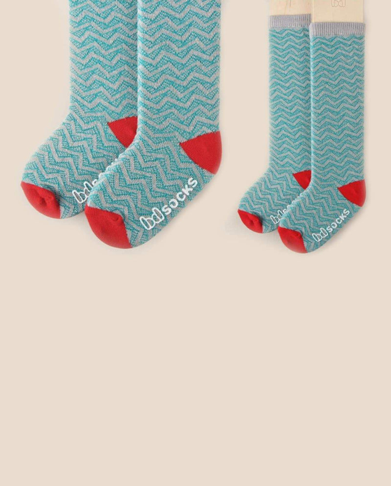 [Out of Stock] Zig Zag Socks