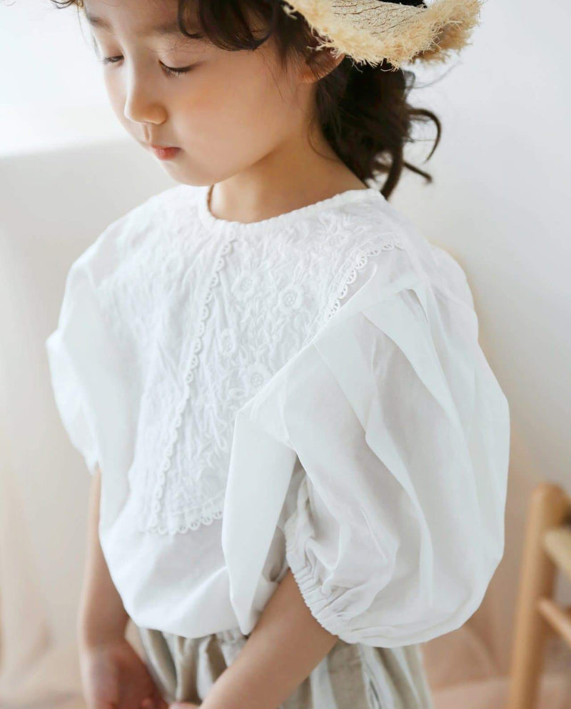[Out of Stock] Embroidery Lace Lovely Blouse