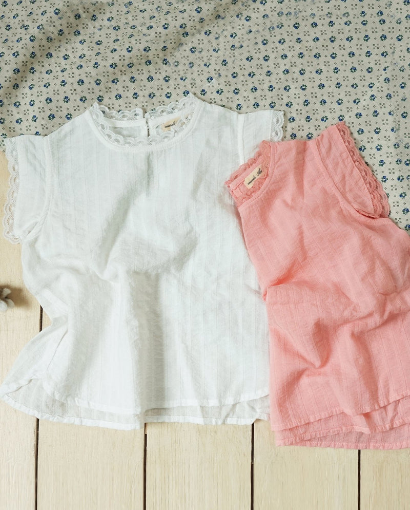 [Out of Stock] Frilly Hem Blouse