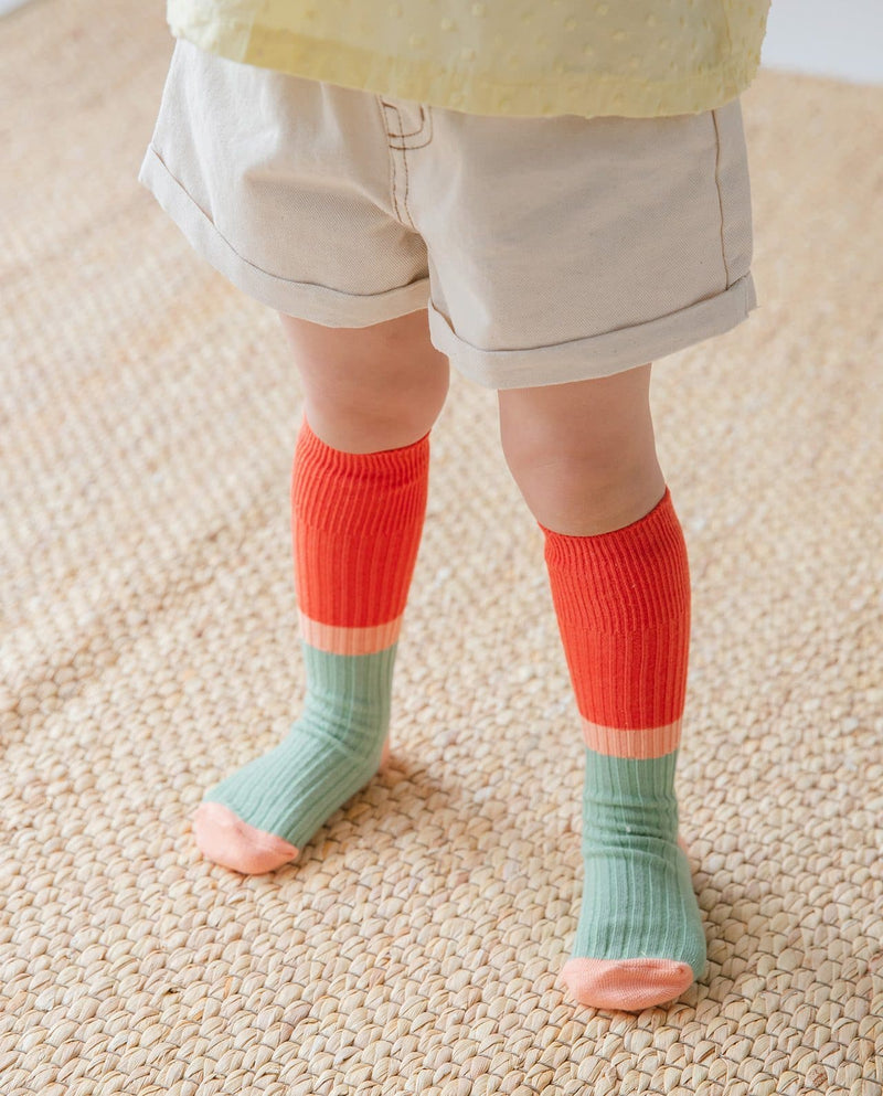 Shop Socks at Moomooz, where unique, trendy, and high quality children wear from popular Korean designer brands at great prices!