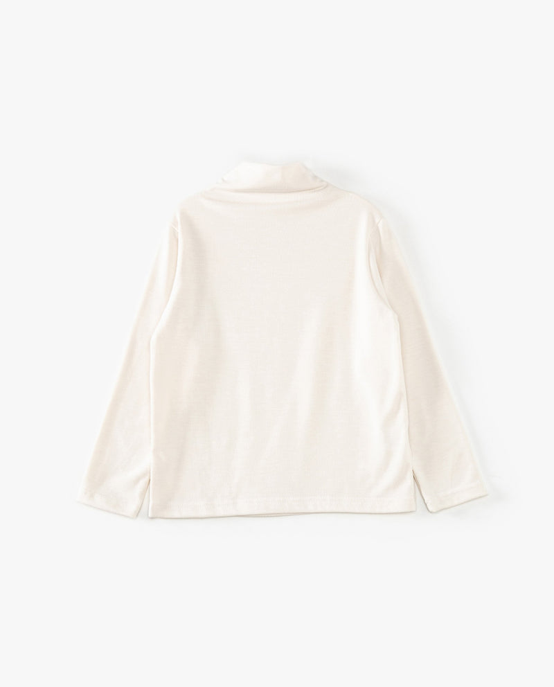 Simple Mock Neck T-Shirt on MooMooz